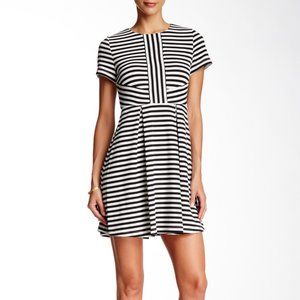 CeCe Textured Knit Short Sleeve Striped Dress